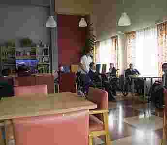 Sala de estar y TV_76